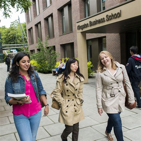 Top 50 Mba Schools In Uk by Kingston Mba Among Europe S Top 50 In Qs Global