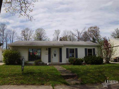 houses for sale fort wayne 6615 bittersweet dr fort wayne indiana 46825 foreclosed home information