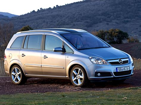 opel zafira price opel zafira price specifications and reviews caradvice