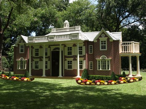kids play houses dazzling dallas delight lilliput play homes custom children s playhouses blog