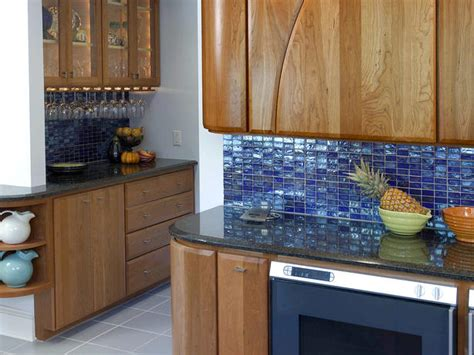 Blue Kitchen Tile Backsplash | blue glass tile kitchen backsplash