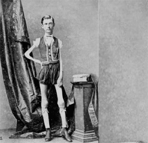the about these strange times series 1 20 photos d anciennes foires aux monstres qui vous