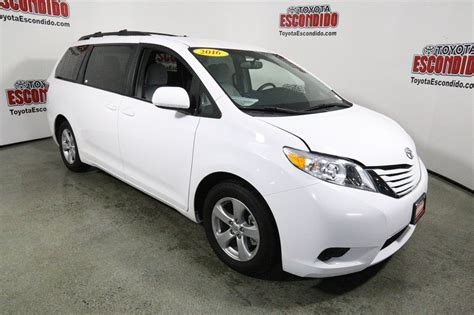 toyota pre owned pre owned 2016 toyota sienna le mini van passenger in