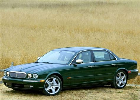 change a clutch on a 2005 jaguar xj series 2005 jaguar xj8 green www pixshark com images galleries with a bite