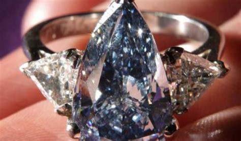 Senter Paling Mahal menguak keindahan batu batu cincin paling mahal di dunia