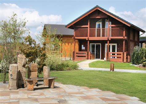 Thirsk Log Cabins by Find Weekend Breaks With Tubs Hideaways