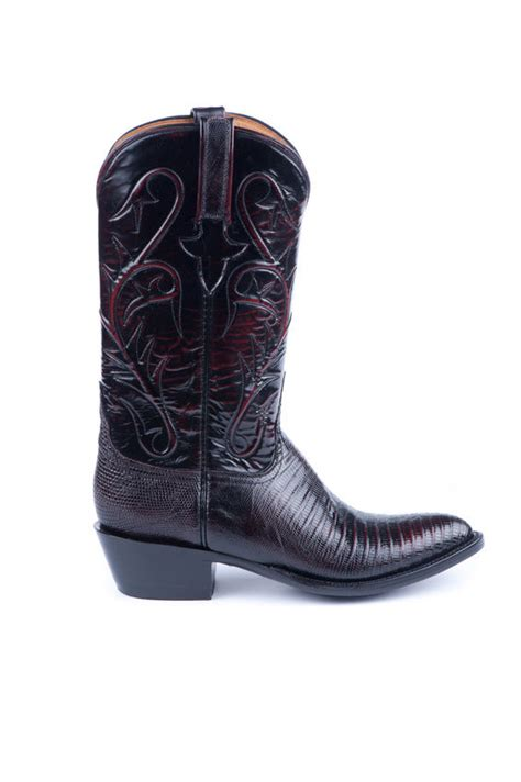 most comfortable mens cowboy boots how to choose the right pair of men s cowboy boots ebay