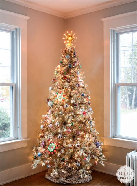 decorate your christmas tree like a professional 6 tips for decorating your tree like a professional