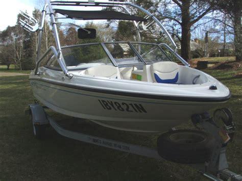 bowrider boats weight bayliner 2006 175 bowrider 013 apex marine