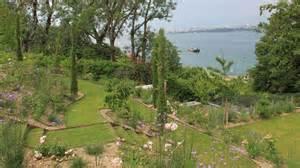 am 233 nagement d un jardin en pente c 244 t 233 maison