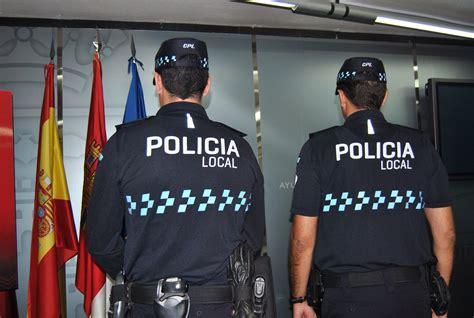 nuevos uniformes para la bonaerense nuevo uniforme de la policia newhairstylesformen2014 com