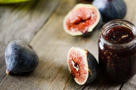 comment cuisiner les figues la figue le tr 233 sor de l automne tout savoir sur les