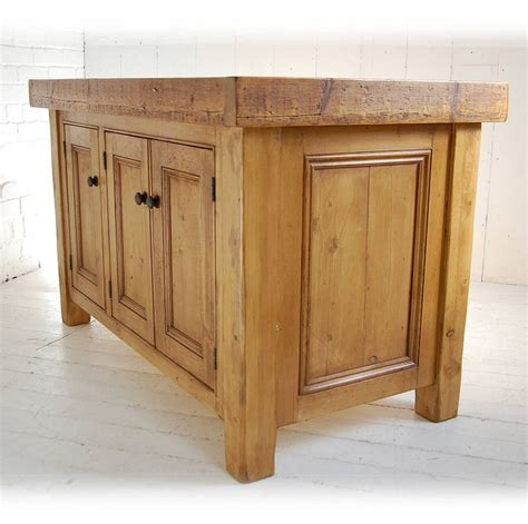 solid wood kitchen islands best 25 solid wood kitchens ideas on solid