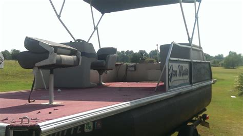 2000 voyager pontoon boat voyager marine vip mvp 2000 for sale for 8 000 boats