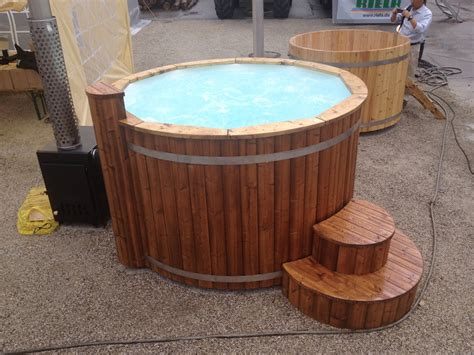 barrel bathtub bathtub with air bubble system wooden hot tubs and