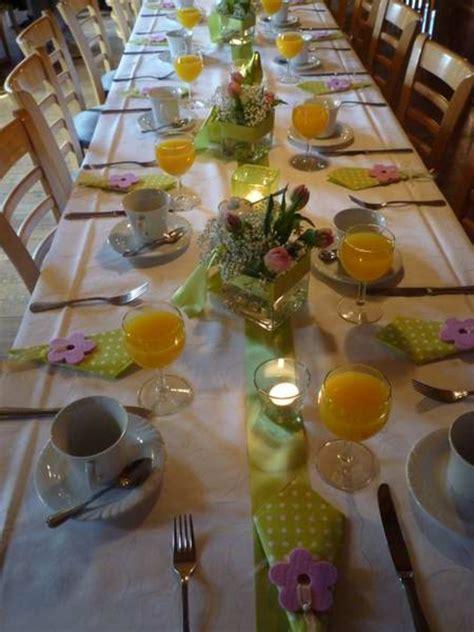 tisch dekorationen tischdeko mit tulpen festliche tischdeko ideen mit