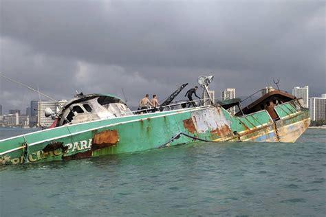 fishing boat jobs in hawaii fishing boat wreck off hawaii coast creating problems