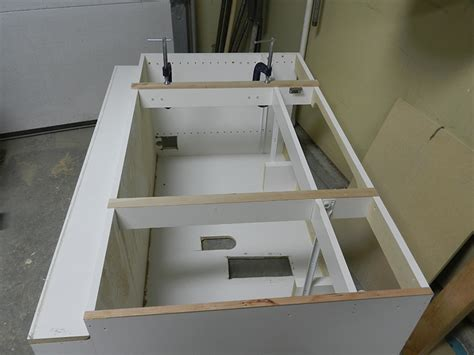 reface bathroom cabinet how to reface a bathroom vanity cabinet dowelmax