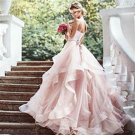 Brautkleid Farbig by Brautkleid Ausgefallen Farbig Wedding Dresses