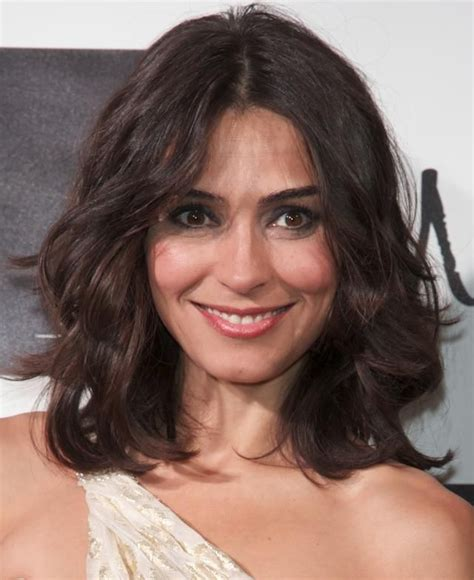 versatile haircuts for fine hair why the perfect versatile haircut is shoulder length