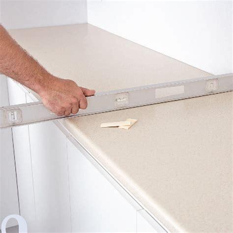 installer un comptoir de cuisine comment installer un comptoir de cuisine en stratifi 233 en
