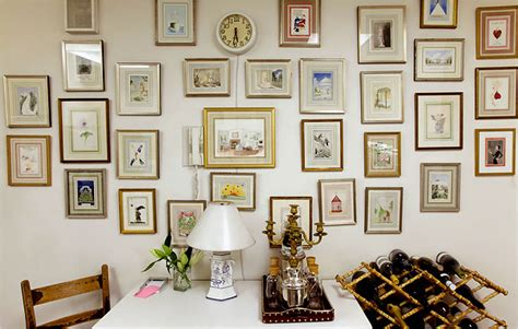 eclectic wall decor thejoyofdecorating com a blog about home decor and more
