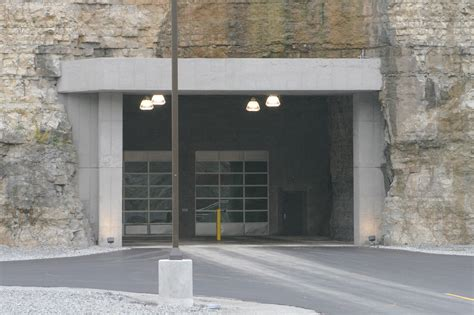 Clopay And Provia Entry Doors Clopay Commercial Doors Cunningham Door Window
