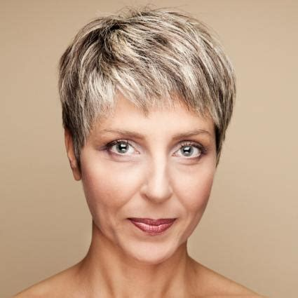 hairstyles for women in their 40s 2015 short haircuts for women over 40 hairstyles hoster