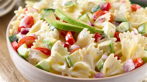 creamy pasta salad recipes creamy ranch fiesta pasta wish bone 174