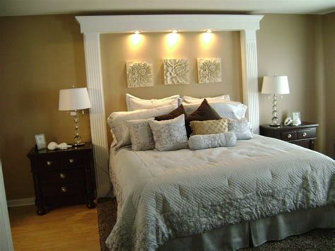 love headboard no headboard this makes the room look bigger and draws