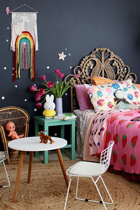 lovely Teenage Girl Room Colors #4: fourcheekymonkeys-bohemian-gypsy-girl-bedroom.jpg
