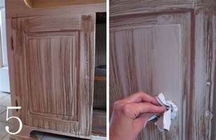 Kitchen Cabinet Glazing Techniques by Diy Cabinet Makeover With Glaze Overlay Burger