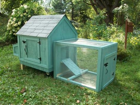 Handcrafted Coops - this chicken coops is designed to be an attractive