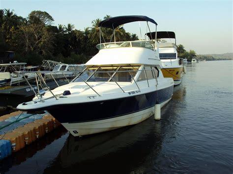 bayliner boat hire goa classic bayliner yacht cruiser yacht rental hire