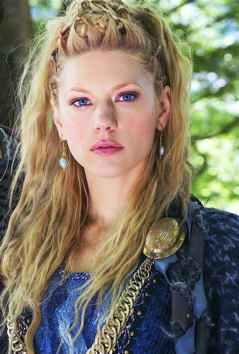 vikings lagatha hair lagertha if you like love adore ragnar follow the link