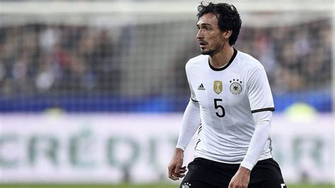Mat Germany by Mats Hummels Asks To Leave Borussia Dortmund For Bayern