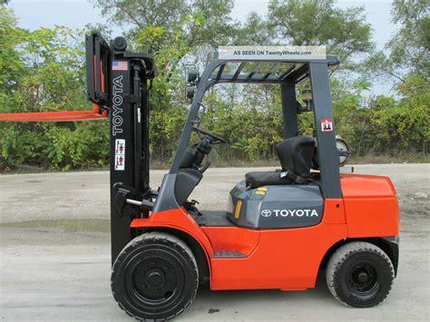 Toyota Lift Trucks 2006 Toyota 7fgu30 Forklift Lift Truck Hilo Fork