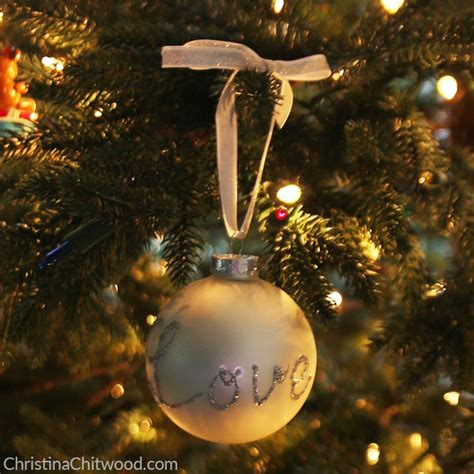 how to make easy ornaments how to make easy sparkly ornaments with a message