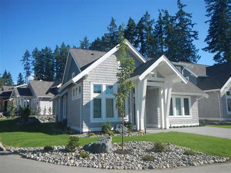 Qualicum Family Beach House Oceanfront Vrbo Houses For Rent In Qualicum