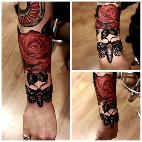 tattoo johnny 3 000 tattoo designs pdf 17 best images about hawk moth on black