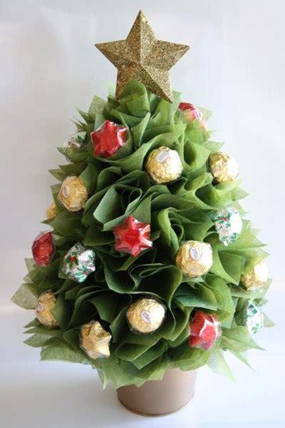 Ideas Para Regalos De Navidad Originales #2: Arreglos-con-chocolates-ferrero3.jpg