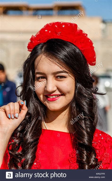 women uzbek stock photos women uzbek stock images alamy uzbek costume stock photos uzbek costume stock images