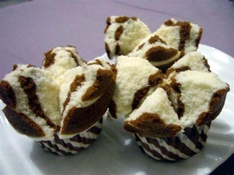 cara membuat kue bolu kukus yang lembut resep kue bolu kukus aneka resep kue basah page 2