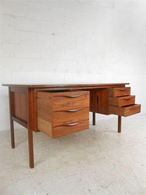 Modern Desk Sale Modern Desk Sale Mid Century Modern Desk By For Sale At 1stdibs Mid Century Modern Desk For