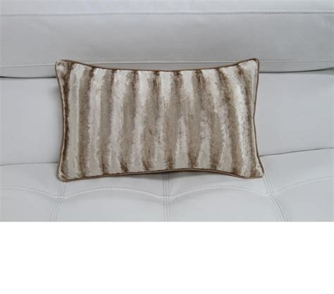 elegant sofa pillows dreamfurniture com elegant faux fur throw pillow