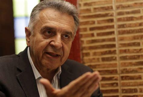 ministro de trabajo 2016 colombia ministro de trabajo reforma pensional en marzo de 2016 se