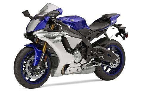Yamaha Yzf R1 yamaha yzf r1 white