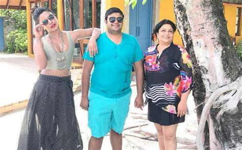 priyanka chopra family hindi see pics priyanka chopra rings in 35th birthday with