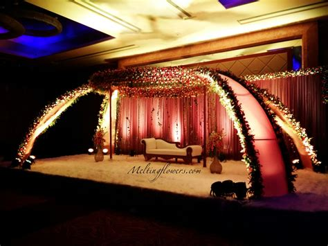 Bangalore Wedding Stage Decoration by 5 Backdrop Decorations That Ll Make Your Wedding The Best