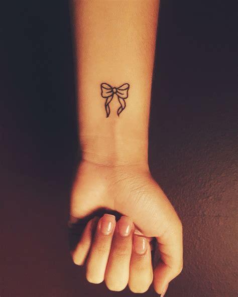 pinterest tattoo bow small bow tattoo cute wrist tattoo tattoos pinterest